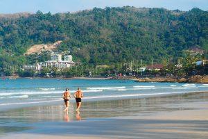 beach-2090181_640