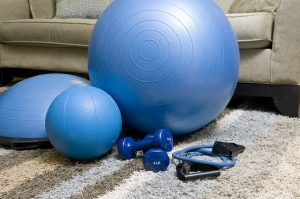home-fitness-equipment-1840858_640