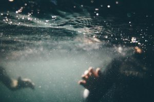 underwater-1150045_640