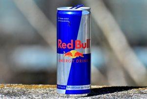 red-bull-3301415_640